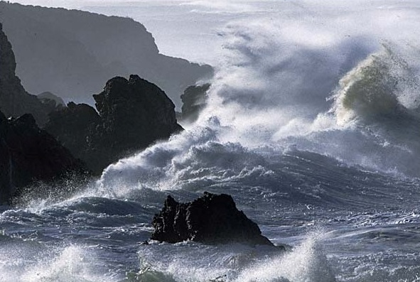 roaring-ocean1